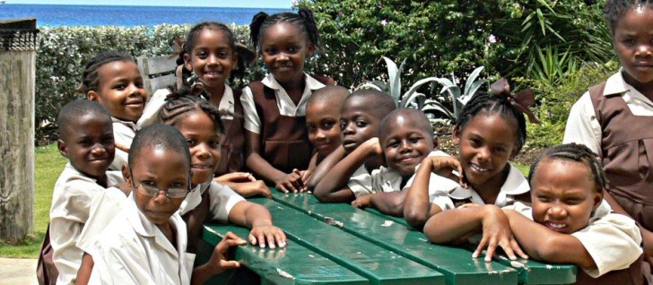 education in barbados Joined commonwealth: 1966 population: 256,000 (2009) gdp pc growth: 22% pa 1990-2009 un hdi 2010: world ranking 42 public spending on education was 67% of gdp in 2009 there are 12 years of compulsory education starting at age fiv.
