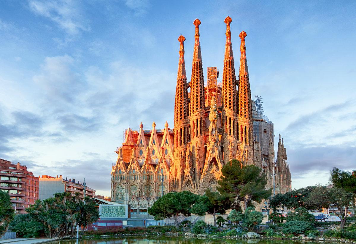 Фото главной достопримечательности Барселоны