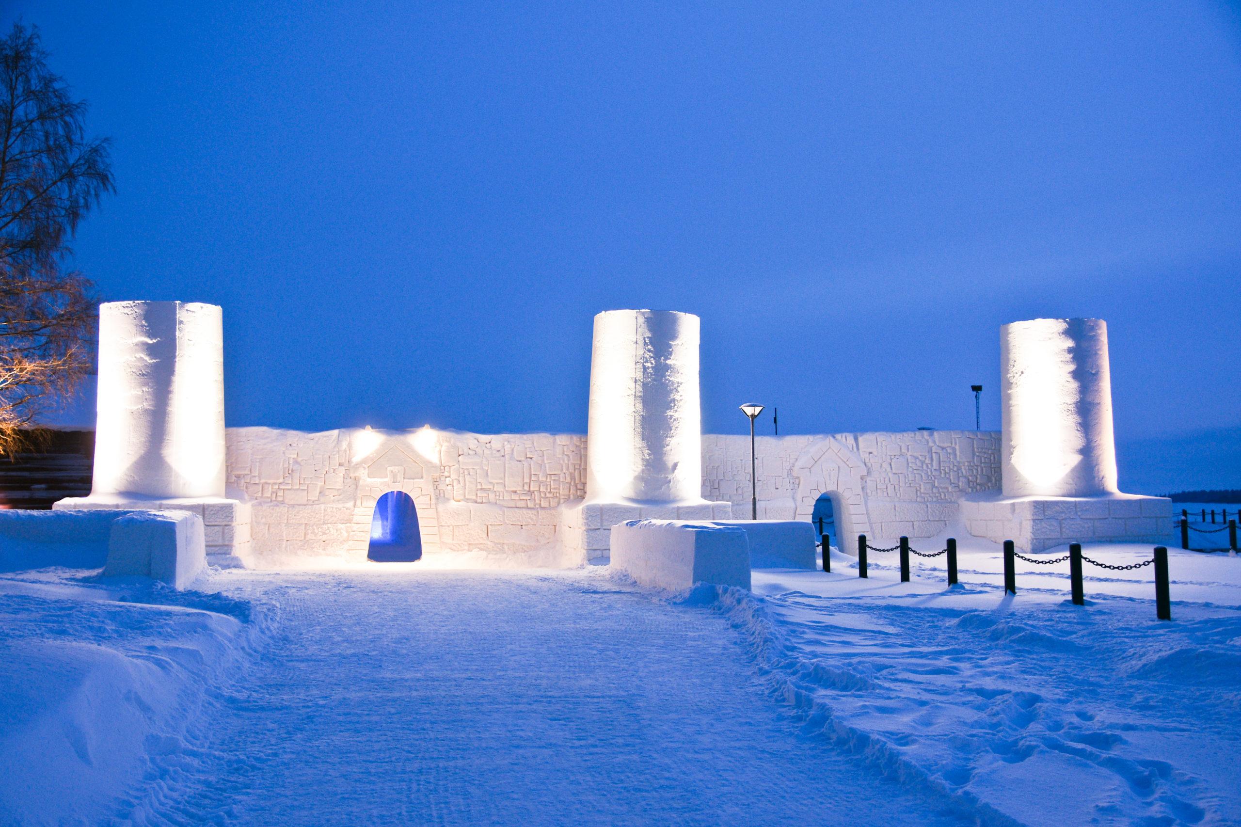 Фото снежного замка