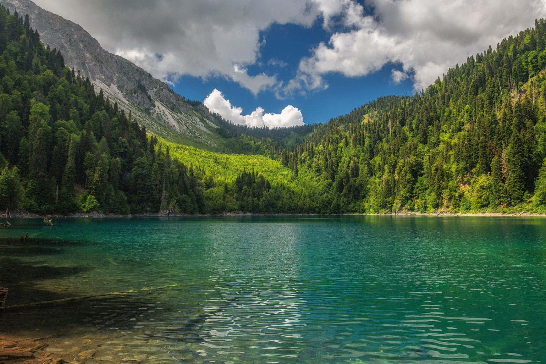 Фото озера Рицца