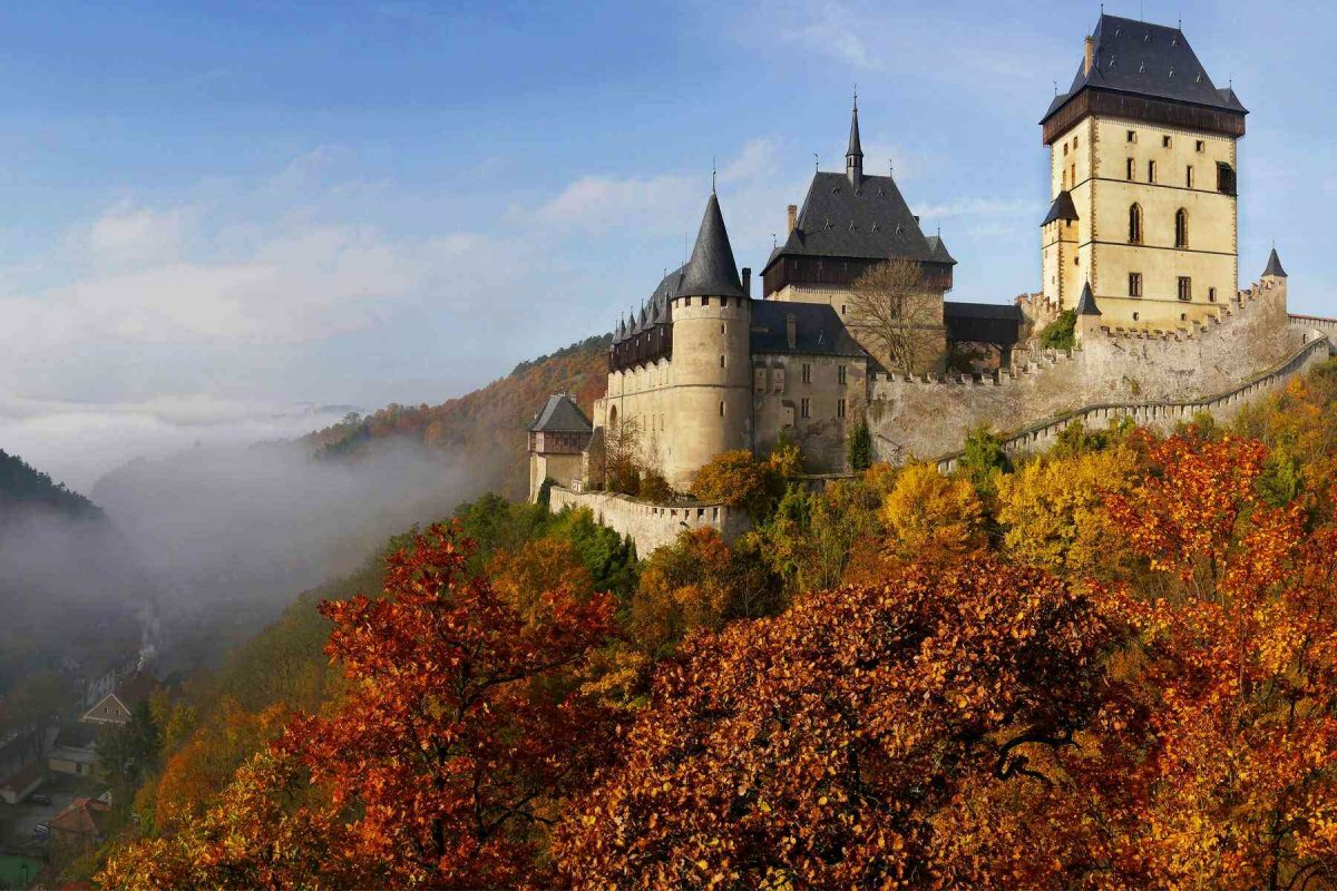Фото Карлштейнского замка
