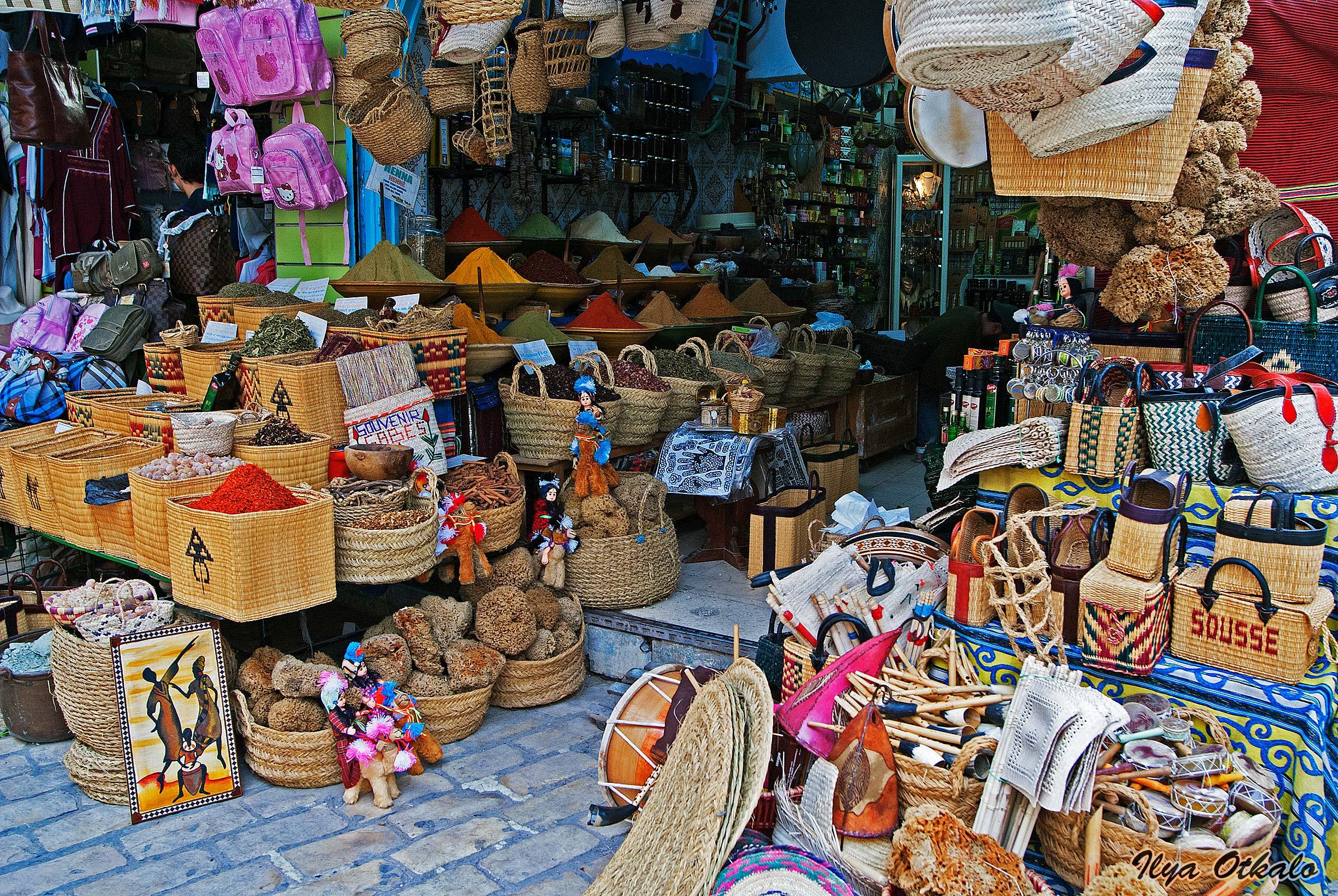 Красивые сувениры Туниса