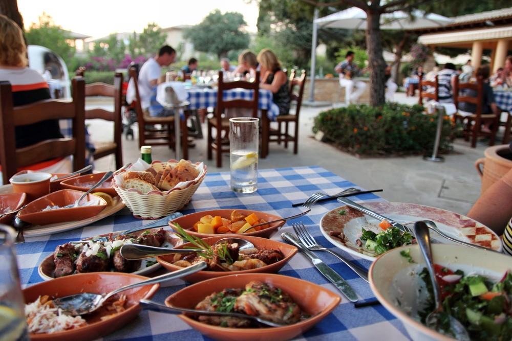 Питание в отелях Кипра
