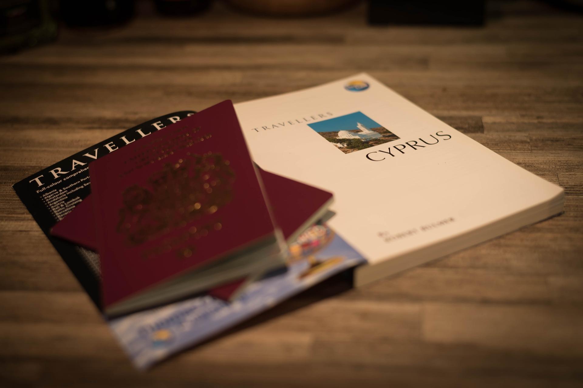 Как оформляют визу на Кипр