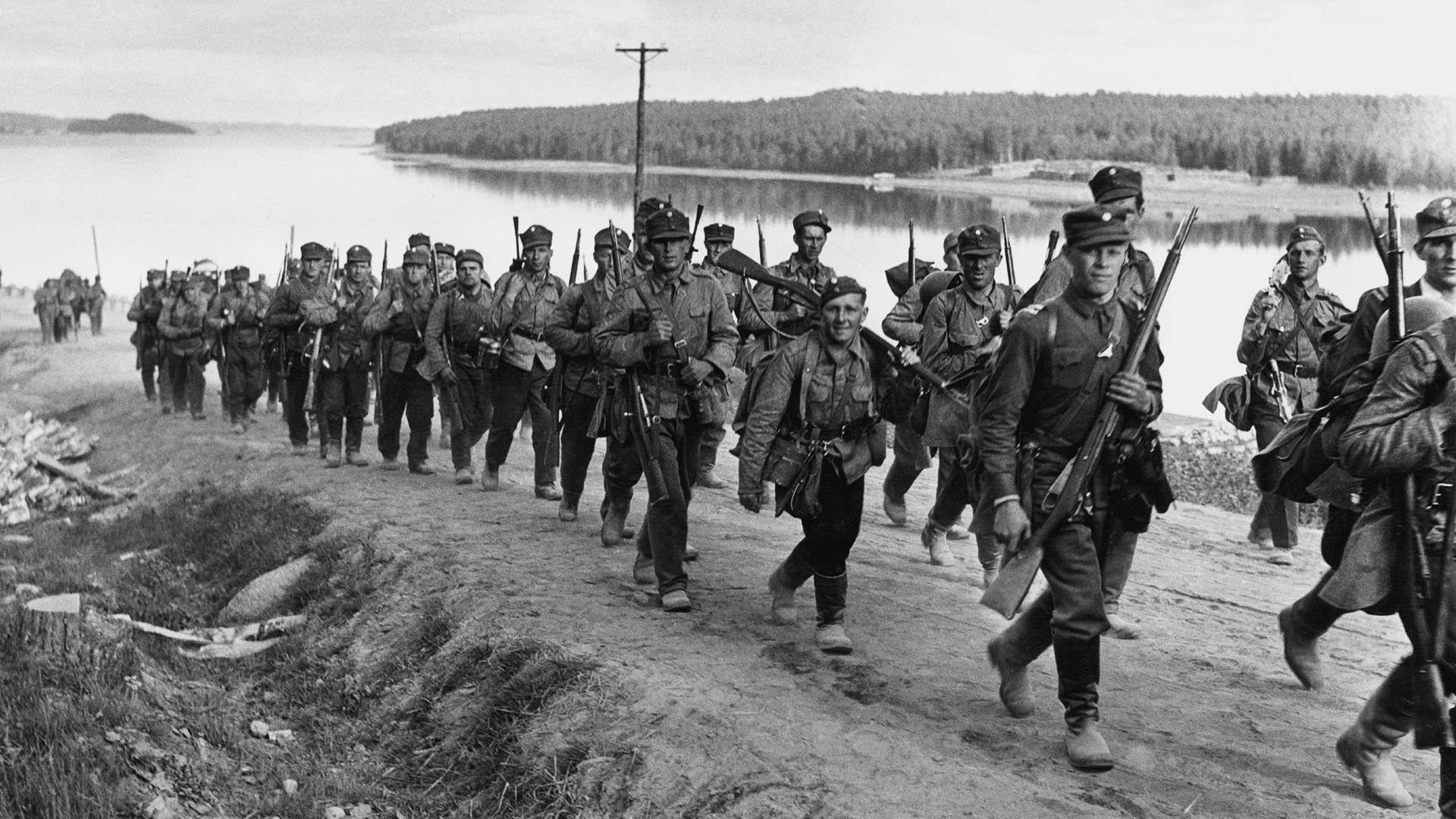 На фото солдаты Финляндии