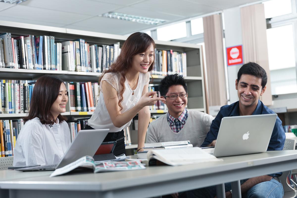 Оформление студенческой визы в Сингапур