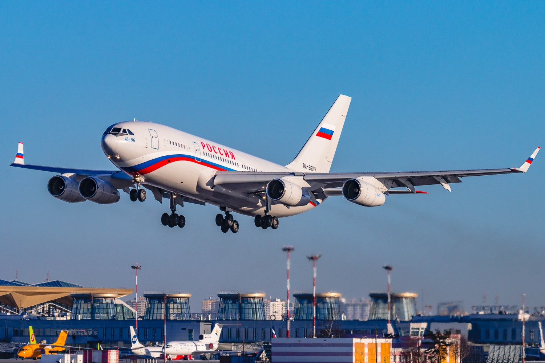 Фото самолета из Санкт-Петербурга