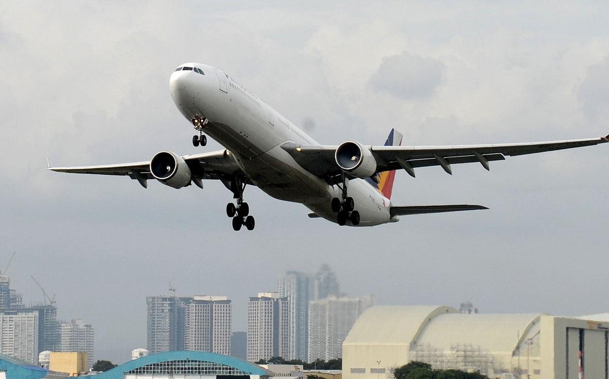 Фото самолета на Филиппины