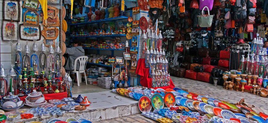 Фото сувенирной лавки в Тунисе