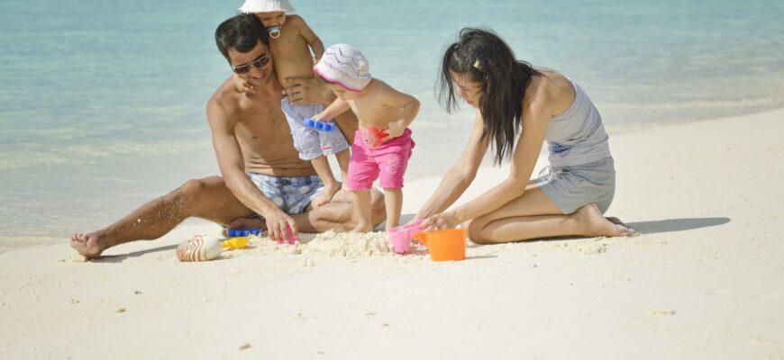 Фото семьи на Мальдивах